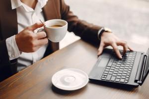 Lenovo ThinkPad X13 stanowi rezultat polityki marki, która od jakiegoś czasu postanowiła odświeżyć całą linię modeli ThinkPad
